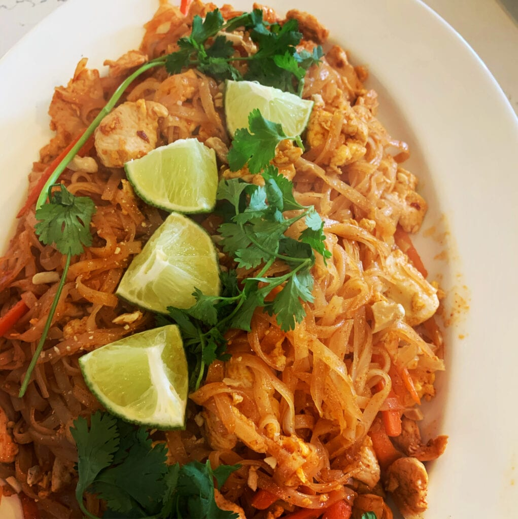 a plate of Chicken Pad Thai
